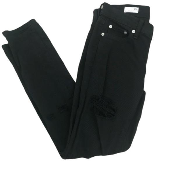 GAP Denim - Gap 1969 girlfriend jeans black distressed 25